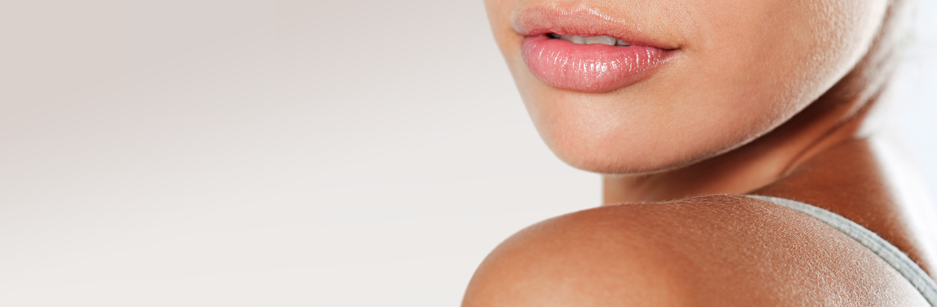 Enlargement or reduction of the lips using modern surgery